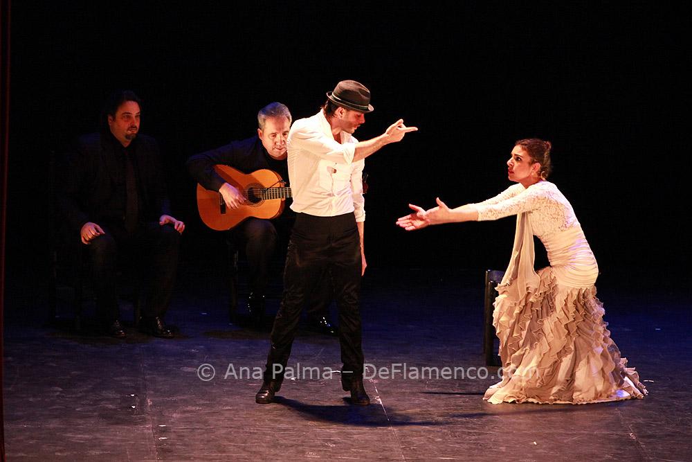 Carlos Carbonell - Ana Salazar