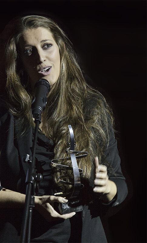 Argentina - se levanta flamenca y se acuesta flamenca