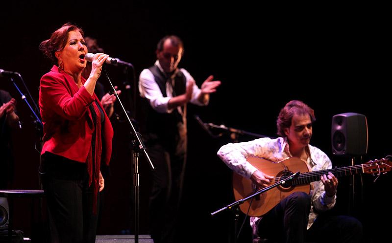 Carmen Linares, Pepe Torres, Salvador Gutierrez