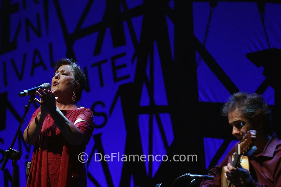 Carmen Linares & Salvador Gutierrez