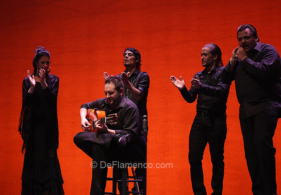 Tendencias, flamenco a tres