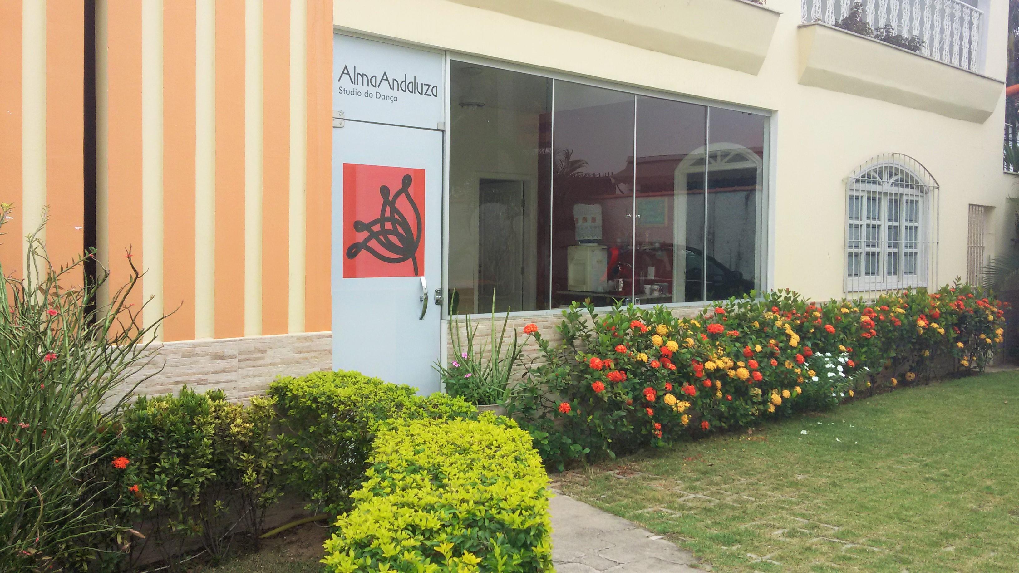 Alma Andaluza Studio de Danza