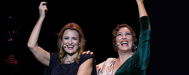 Ainhoa Arteta and Estrella Morente – The bubbles of a toast