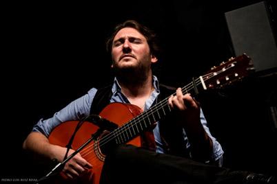 JOSÉ TOMÁS Guitarra - AIEnRUTa - FLAMeNCOS