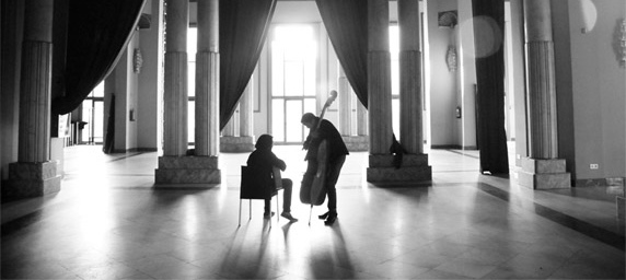 Josemi Carmona & Javier Colina: De Cerca - Café Berlín