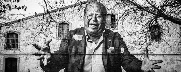 14 murales fotográficos de grandes cantaores inundan las calles flamencas de Jerez