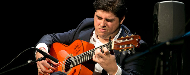 Manuel Valencia, guitarra flamenca. Jueves Flamencos Cajasol