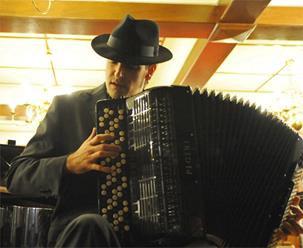 El compositor Gorka Hermosa recibe el premio «CIA IMC-UNESCO COMPOSITION 2013» por «Paco», homenaje a Paco de Lucía.