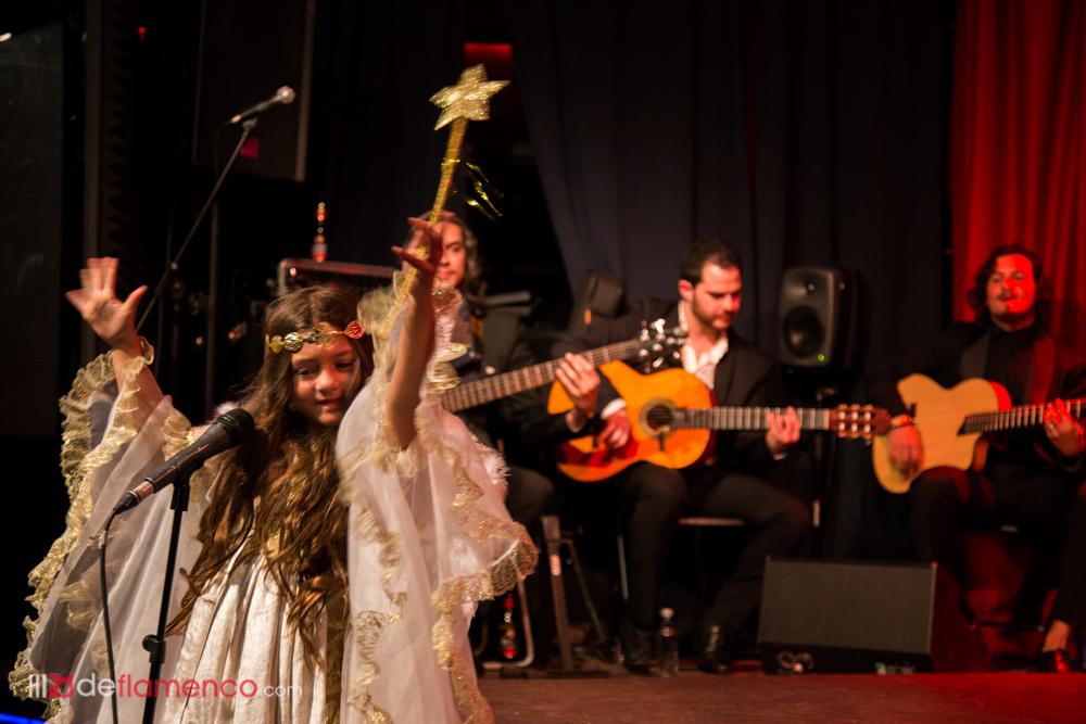 Fin de fiesta en la Zambomba de El Farru en el Berlín
