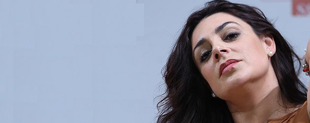 "Juana Salazar ""La Tobala"" presenta su disco ""Entre enaguas"""