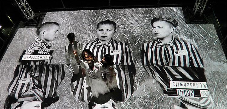 """""""Persecución"""" en la jornada inaugural de La Bienal"""