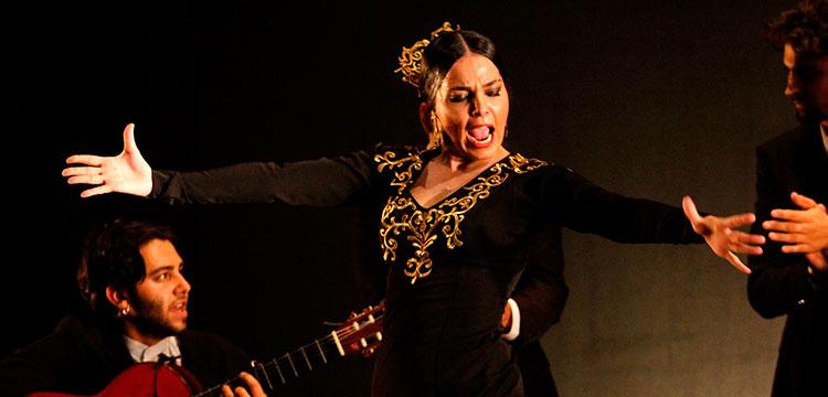 Vanesa Coloma: FlamenKlórica en el Festival de Jerez