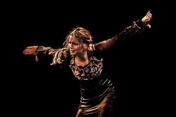 Paloma Fantova - Flamenco on Fire