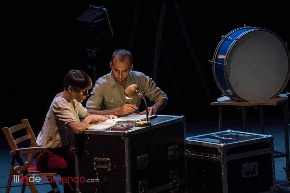 Leonor Leal & Antonio Moreno - En talleres