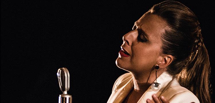 Entrevista a Gema Caballero, presenta su nuevo disco «Lo traigo andao»