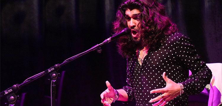 """Israel Fernández """"El flamenco tiene su vida propia y no le hace falta nadie. A nosotros nos hace falta el flamenco"""""""
