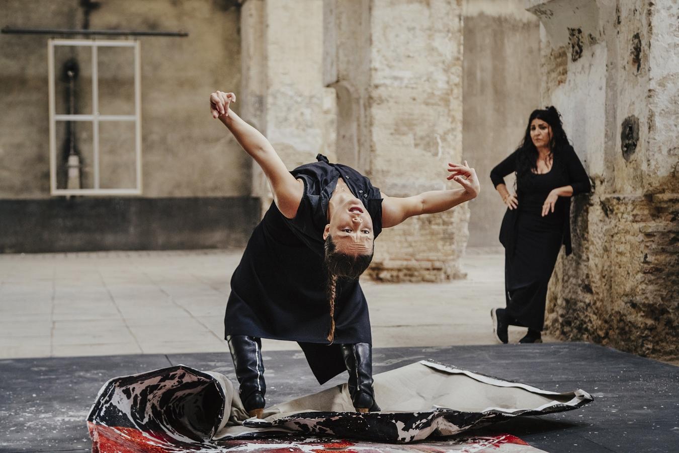 Rocío Molina deconstruye la obra de Lita Cabellut para inspirar la creación del cartel de La Bienal 2020