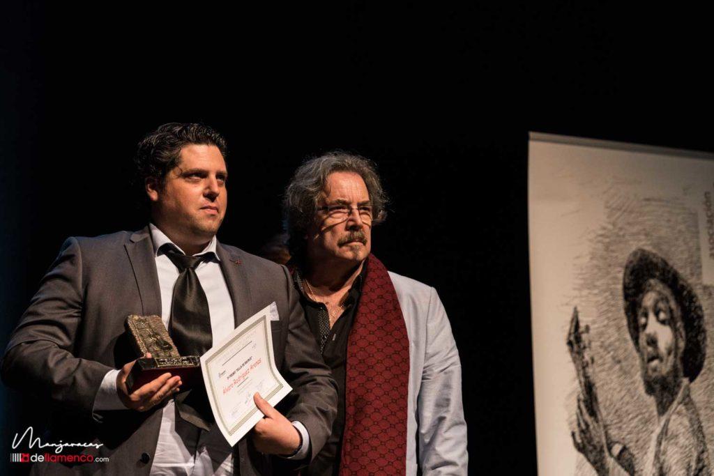 Álvaro Rodríguez - Silla de bronce