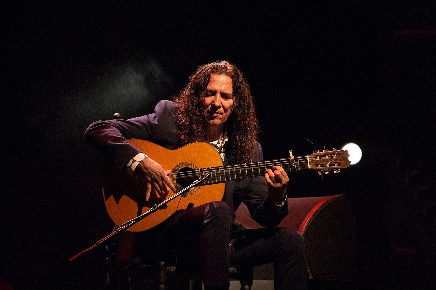 La brillante y luminosa guitarra de Tomatito en Nimes