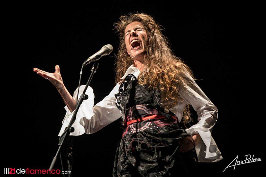 Alicia Carrasco - Flamenklórica
