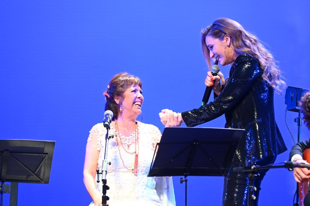 Mujeres cantan a Lole María Toledo - foto: Niccolò Guasti / Greencow