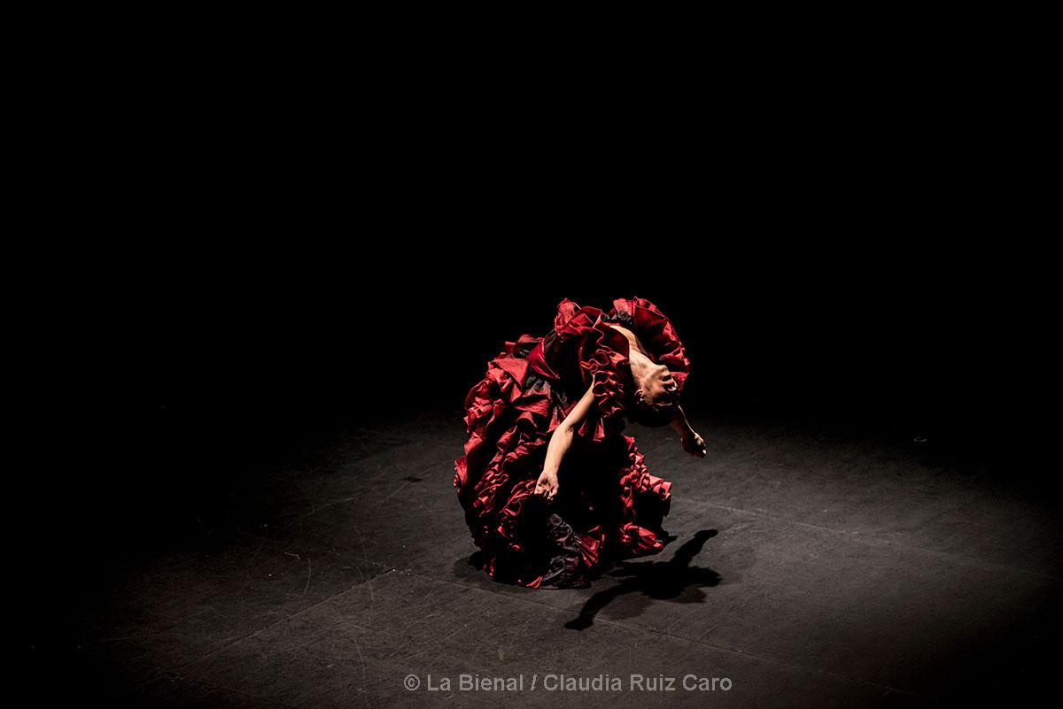 Ana Morales 'En la cuerda floja' - La Bienal
