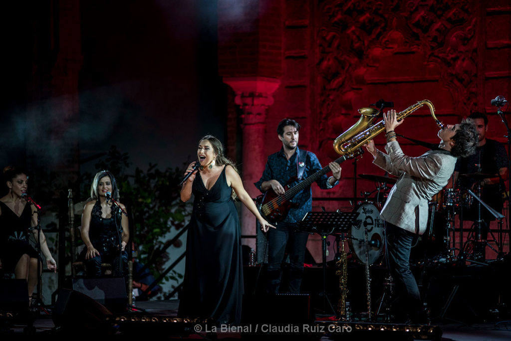 Diego Villegas 'Cinco' con Maria Terremoto - La Bienal
