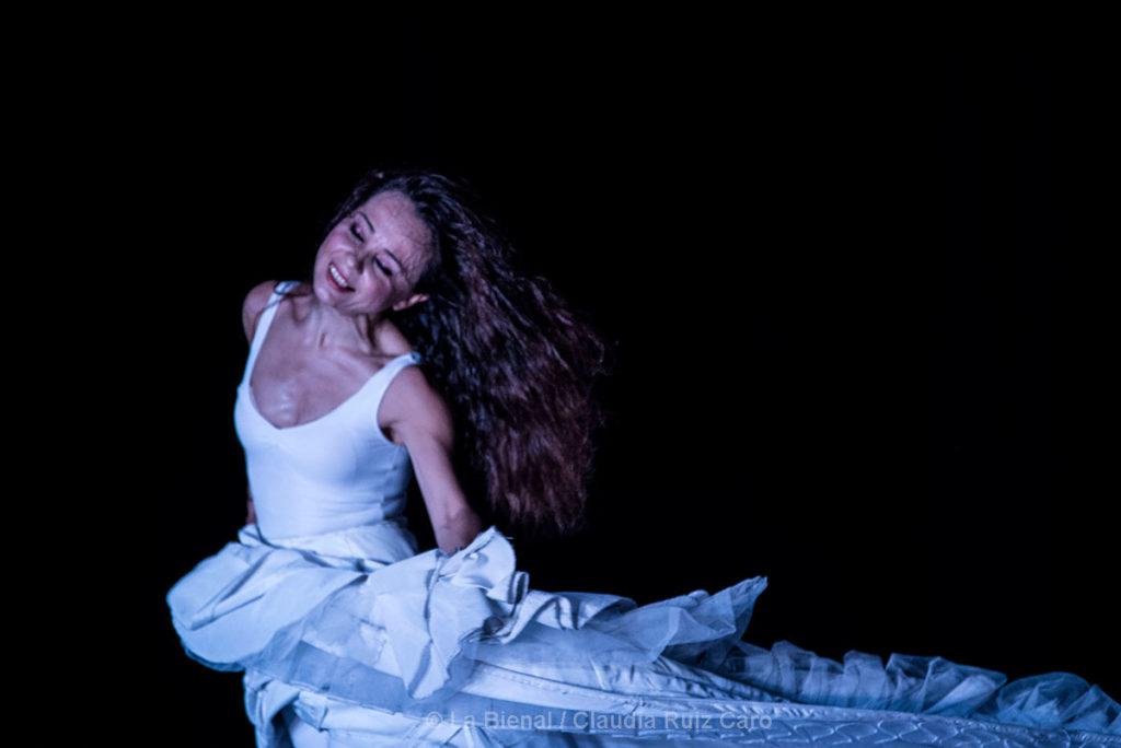 Olga Pericet - Un cuerpo infinito - La Bienal