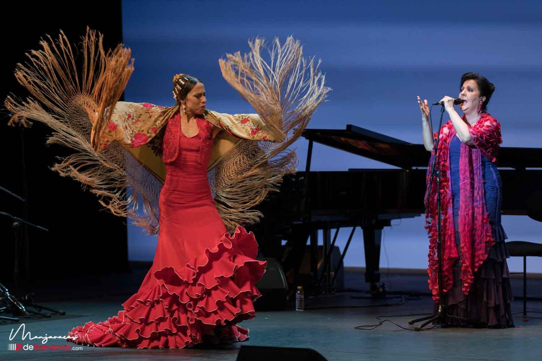 Carmen Linares & Vanesa Aibar - 40 años - Suma Flamenca
