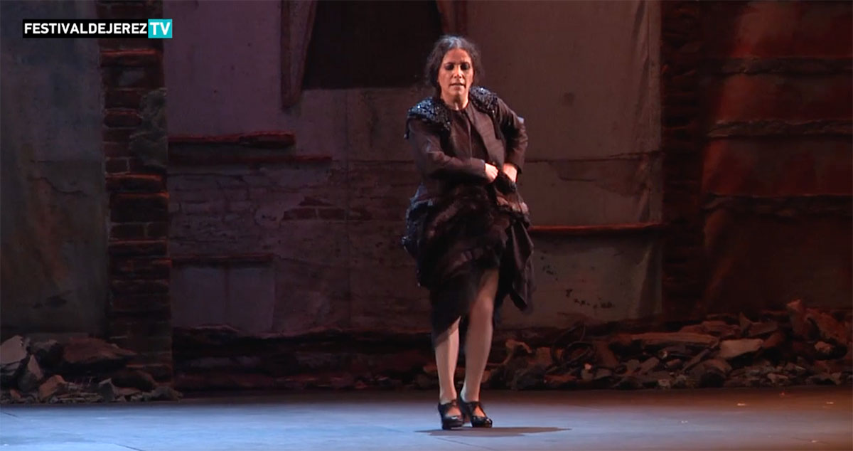 Eva Yerbabuena 'Al igual que tú' – video