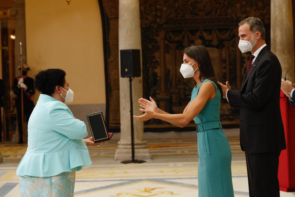 Maria Vargas - Medalla de Oro al Mérito en las Bellas Artes